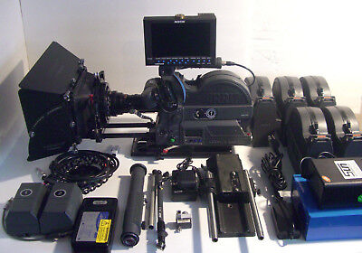 ARRI SR3 Super16mm camera, fully serviced!Pelican cases included.