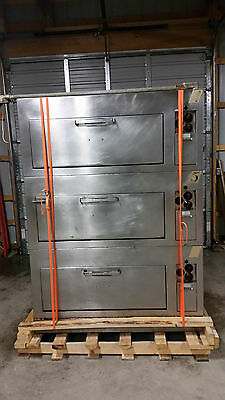 Hot Point Co. Triple Stack Stone Deck Ovens 301HNB205 Electric Tested New Stones