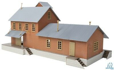 Walthers #931-918 WalthersTrainline Brick Freight House - Building kit HO Scale