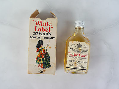 White Label Dewar's Scotch Whisky small 4.68cl old vintage empty glass used rare