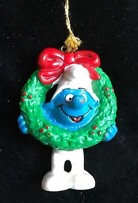 HTF 1981 Peyo Schleich ~Smurf with Wreath~ Made in Portugal Christmas Ornament
