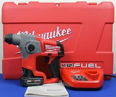 Milwaukee 2416-21XC M12 FUEL 12-Volt Lithium-Ion 5/8 in. Rotary Hammer