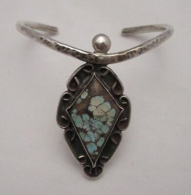 VINTAGE NAVAJO SILVER BRACELET with BEAUTIFUL TURQUOISE in SHADOWBOX SETTING