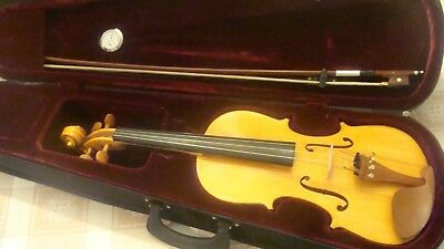 Old Violin  full size bow/case humidity gauge new accessories and strings nice