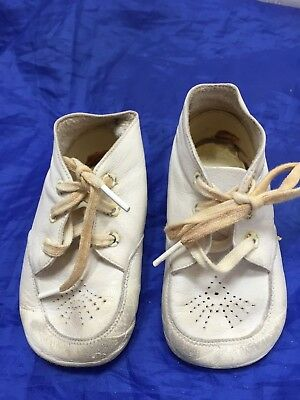 Vintage Baby Shoes White Leather Toddler Walking 22958