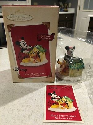 "Hallmark Keepsake Ornament -2003:Disney Mickey & Pluto ""Home Bright Home""- NEW"