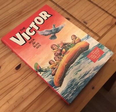 Victor Annual 1975 Unclipped in very good condition.