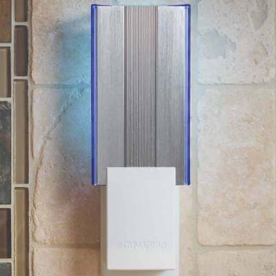 Flylight Indoor Insect Trap with AC Outlets-DT3019-White