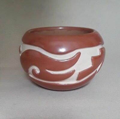 US Native American Indian pottery by Mary Cain (1916-2010)