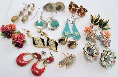 Good collection vintage earrings (gold metal, enamel, amber paste, a.b crystal)