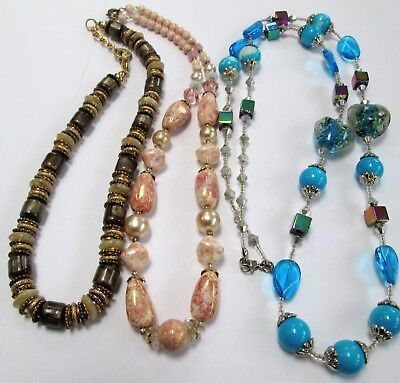 Good vintage silver metal, pearl & agate glass bead necklace + 2
