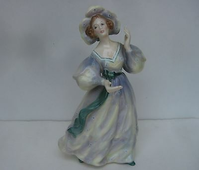 """Royal Doulton Grand Manner Lady in Dress & Hat Figurine HN 2723 8"""" tall Mint"""