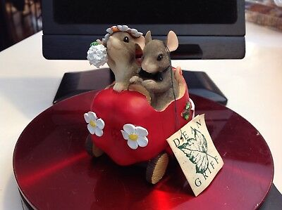 Charming Tails The Getaway Car JUST MARRIED Dean Griff TAG ATTACHED