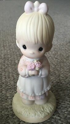 1987 Precious Moments Mommy I Love You Girl Flowers Mother's Porcelain Figurine