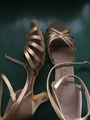 womens dance shoes size 8 and opera gloves!