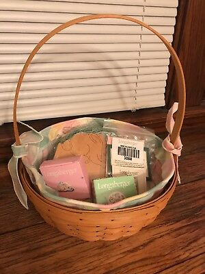 longaberger 2001 Large Easter basket with liner and tie ons!