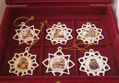 Exquisite Porcelain ARS Hummel 24 Piece Star Ornament set in Satin Box with COA