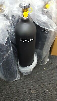 Co2 welding gas (refills £25.00) WEST MIDLANDS ONLY