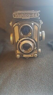 Vintage Yashica 44A Camera Gray Most Popular Model with Flash