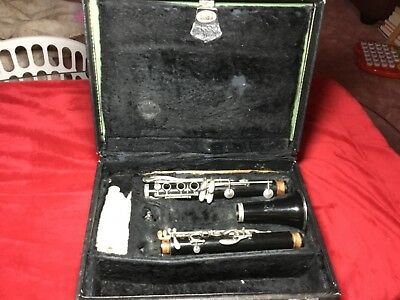 Kenosha Wisconsin Clarinet C09692 in Case Parts