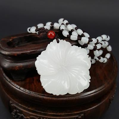 Hot Chinese natural hand-carved white jade orchid lucky pendant necklace