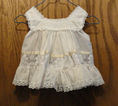Vintage BRYAN 12 Mo BABY White Ruffled PINAFORE (for over a dress -not included)