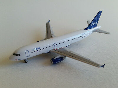 1:400 Gemini Jets JetBlue Airways Airbus A320-200 GJJBU197C N505JB Dots