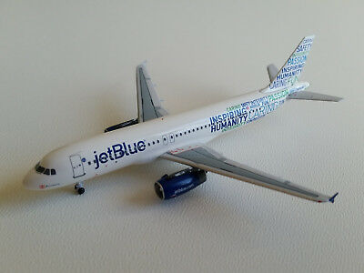 1:400 AeroClassics JetBlue Airways Airbus A320-200 ACN598JB N598JB Bluemanity