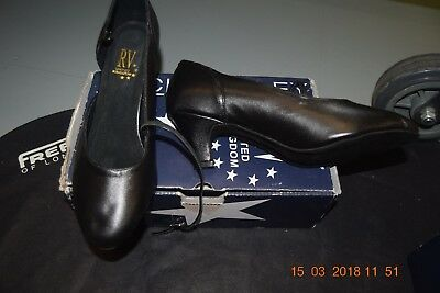 Black leather Roch Valley RV801 ballroom/latin dance shoes -size 3
