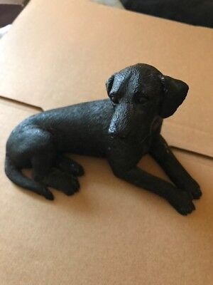 Vintage 1988 Castagna Black Labrador Retriever dog figurine. Italy