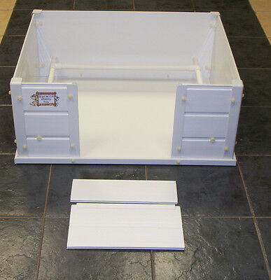"""Large 36"""" x 36"""" x 12.5""""  Dog Puppy Warwick Deluxe Whelping pen box pvc reuseable"""