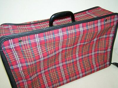 Old Suitcase, Travel Cases 50er Years, Iconic, Retro Design, Check Decor