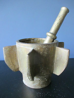 Antique Bronze 17th century Spanish Apothecary pestle and mortar with 6 vins