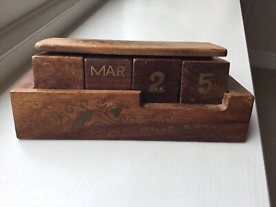 Antique Wood Desk Calendar