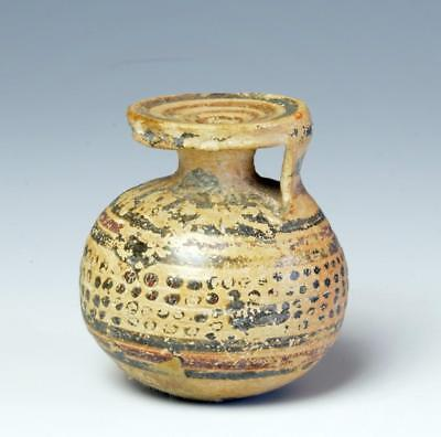 Ancient Greek Italian-Corinthian pottery aryballos: 7th century BC.