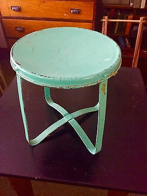 ANTIQUE PRIMITIVE  MILKING STOOL Turquoise All Metal PLANT STAND Farm Cow Garden