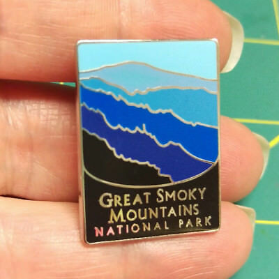 New Traveler Series Pin Great Smoky Mountains National Park Lapel Pin Tennessee