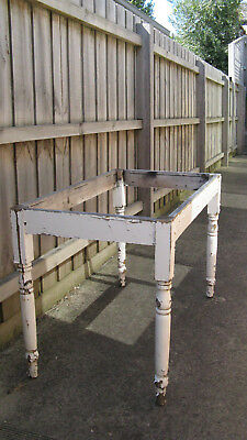 Victorian Table - Turned legs with top missing