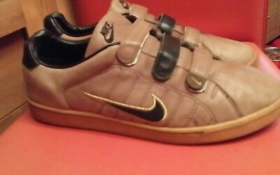 mens Nike velcro mink/tan trainers UK 13 only worn once