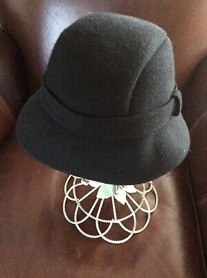 20baf644fb0 WOMEN S OS 100% Wool Black Cloche Hat L  K EUC -  12.86