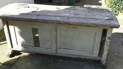 Vintage work bench with Parkinsons Perfect Vice Vise