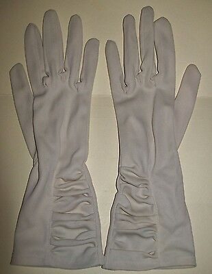 VINTAGE BEIGE LADIES RUCHED GLOVES (Dents)