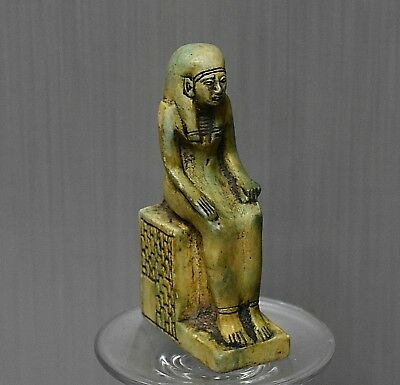 ANCIENT ANTIQUE Egyptian  Queen Sitting  statue (1500-300 BC)