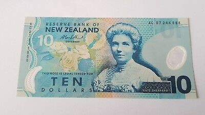 New Zealand 10 Ten Dollars Bank Note Kate Sheppard Polymer (m)