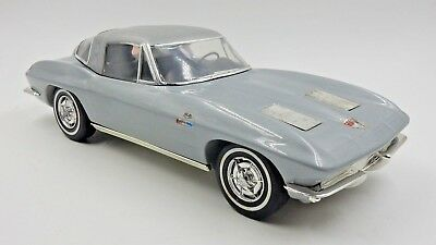 Vintage Jim Beam 1963 Split Window Silver Corvette Decanter Car ~ Empty
