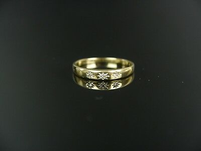 Antiker Gold Ring mit Diamanten 0, 06 Kt, 333er Gold.