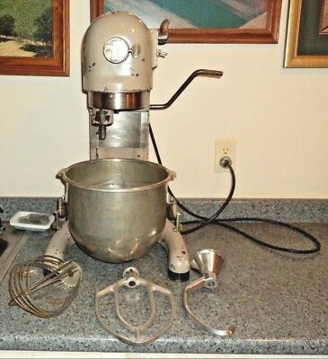 Hobart C100 10 qt mixer w/SS Bowl, Dough Hook, Whip & Paddle; 3 speed