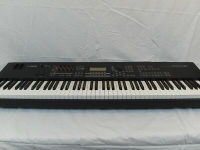 YAMAHA MOX8 88-KEY Graded Hammer Action Music Production Synthesizer & FC4  Pedal