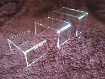 New 3 Piece Small Clear Acrylic Riser Jewelry Display Set