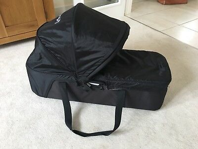 Baby Jogger Compact Carrycot. Includes Mini City (single) Adaptors